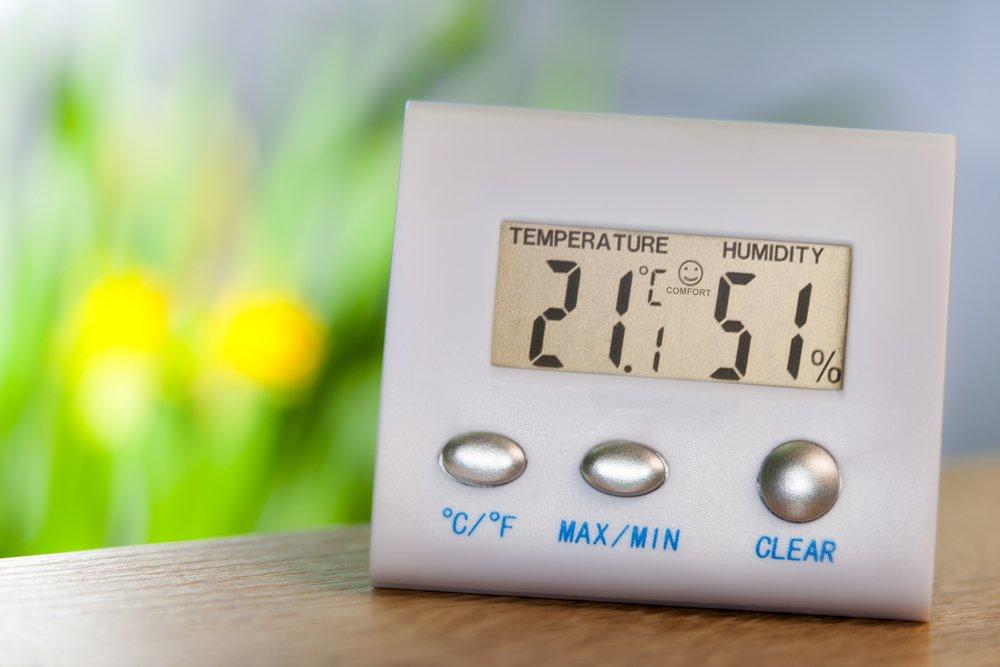 takmer ideálna vlhkosť vzduchu 51 %, teplota 21 °C