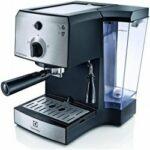 Electrolux EEA 111- cenovo dostupný pákový kávovar (recenzia)
