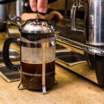 Ako si doma uvariť najlepšiu kávu pomocou french pressu