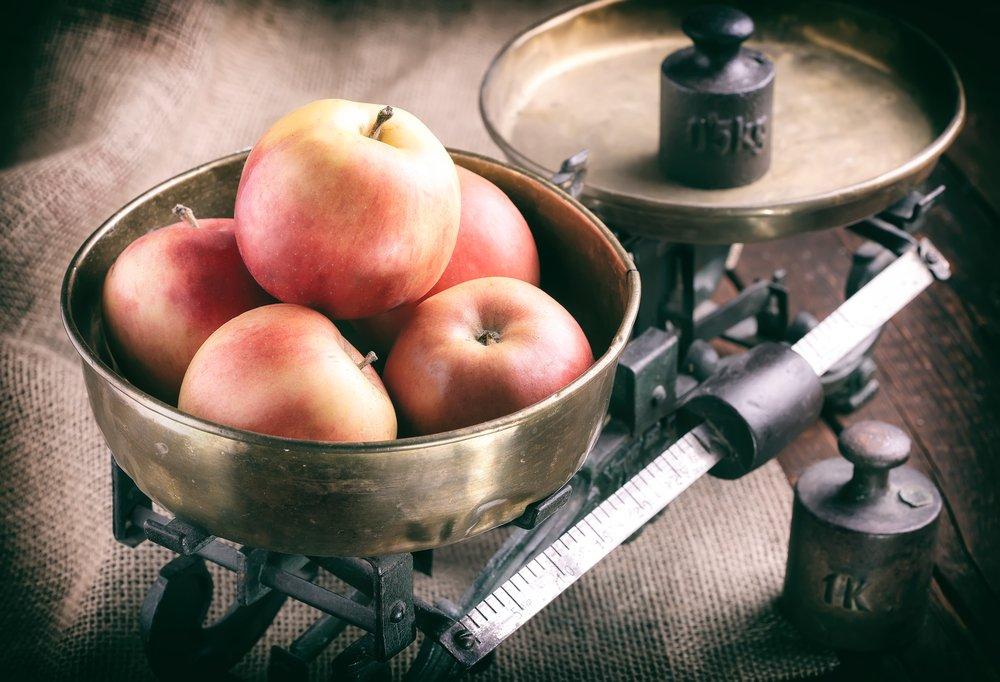 Kuchynská váha so závažím