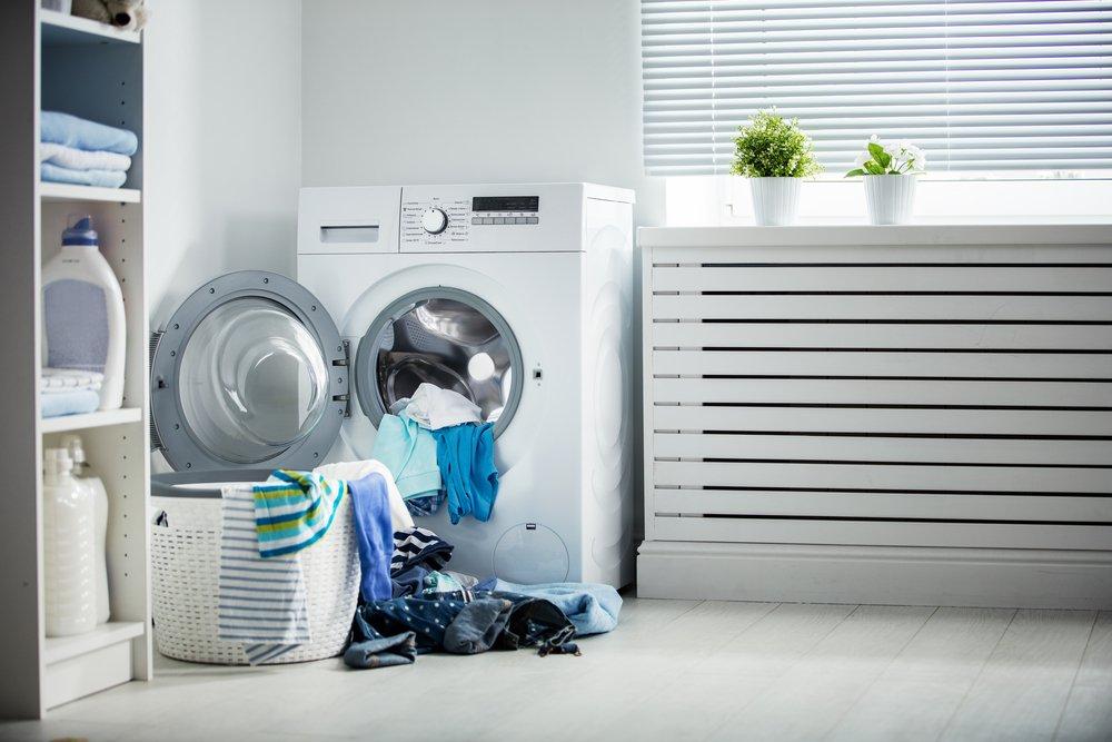 Spredu plnená práčka