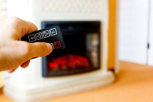 Diaľkové ovládanie vám umožní ovládať krb z aj pohodlia gauča