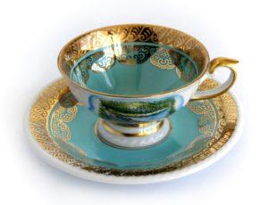 Vzácny porcelán do myčky nepatrí