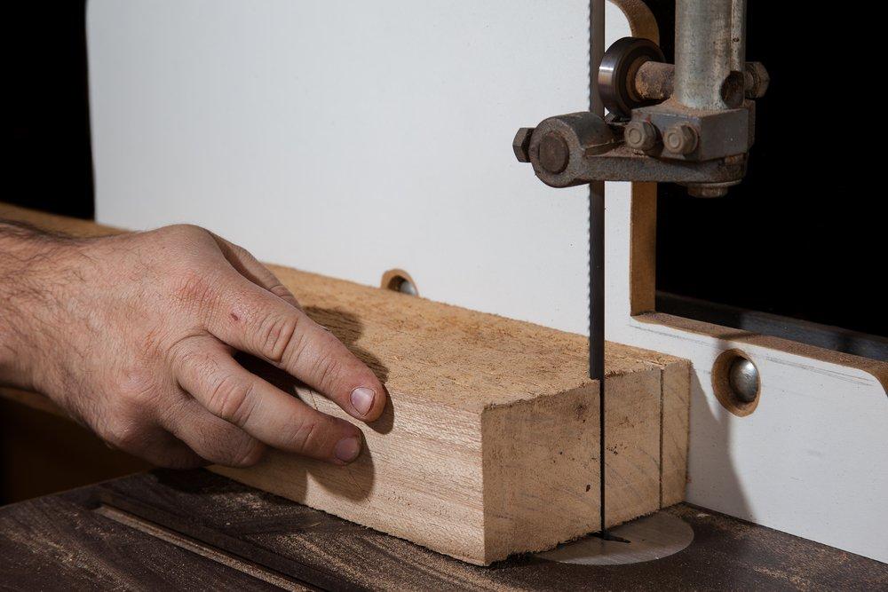 Pásové píly na drevo