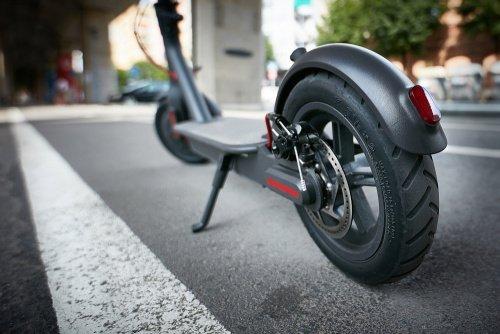 Elektrické kolobežky ako alternatíva klasických dopravných prostriedkov