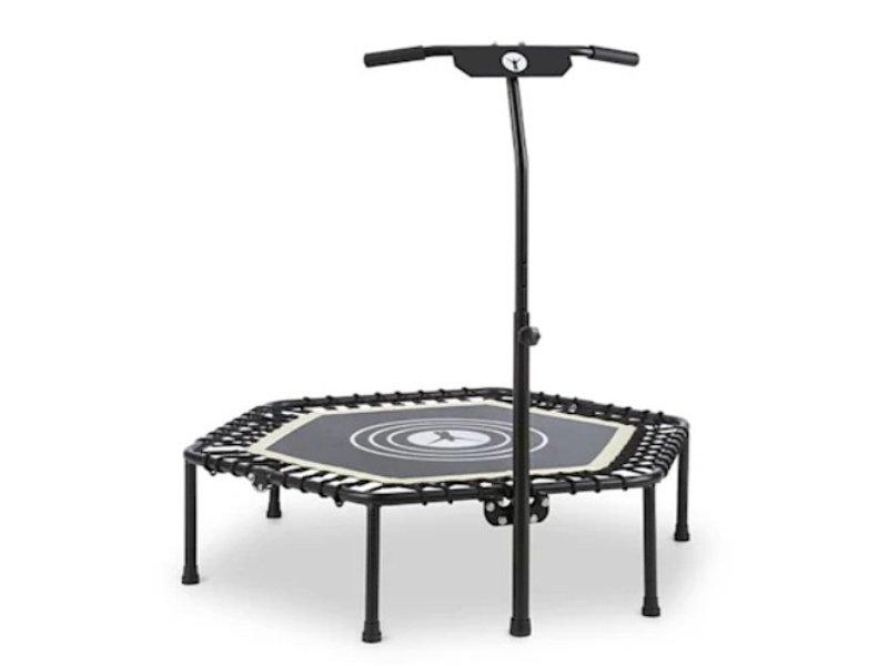 Čierna fitness trampolína