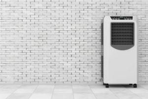 Mobilná klimatizácia bez hadice neexistuje. Bez hadice to je ochladzovač.