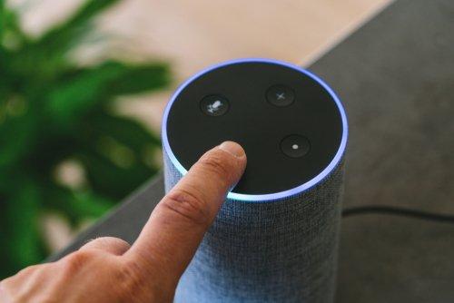 Bluetooth reproduktor ovládaný tlačidlami