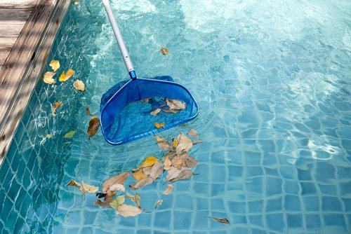 Sieťka na nečistoty v bazéne