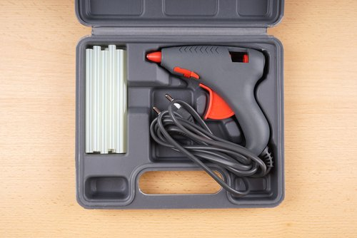 Kufrík na uskladnenie taviacej pištole a doplnkov
