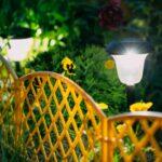Solárne lampy - ako fungujú, aké sú ich výhody a kedy sa pre ne rozhodnúť