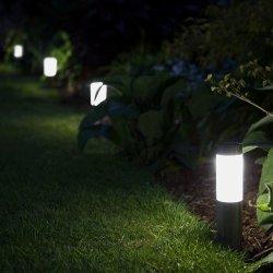 Solárne stĺpikové osvetlenie SOLARCENTRE London Mini – sada 4 svetiel