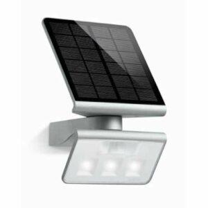 STEINEL 671013 – Solárný senzorový LED-reflektor XSolar L-S 0,5 W / LED strieborná