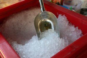 Drvený ľad do nápojov