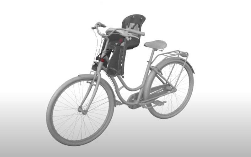 Bicykel s detskou sedačkou na prednej strane