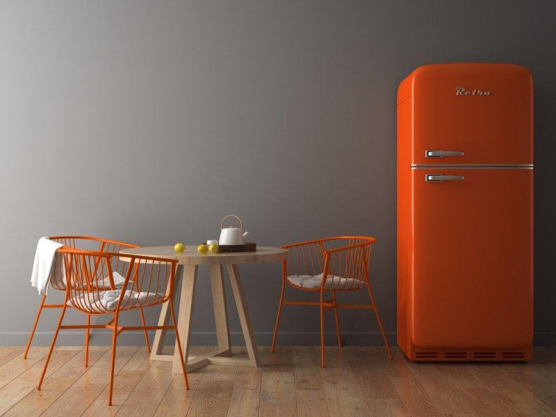 Oranžová retro chladnička