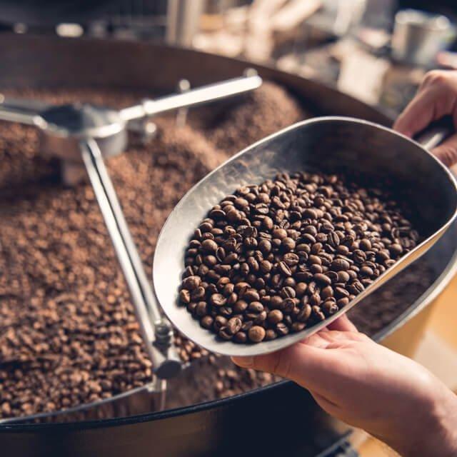 Praženie kávových zŕn