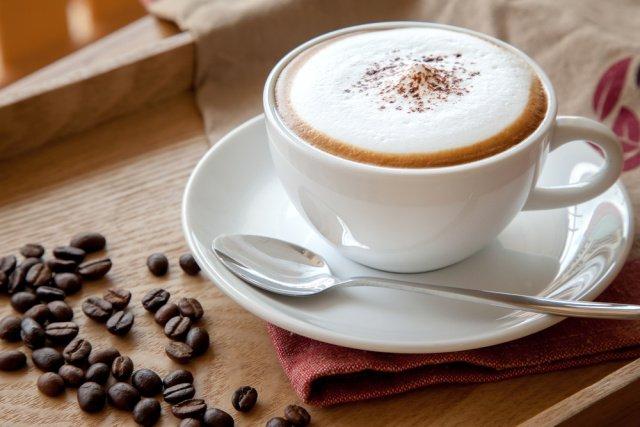 Zamatová pena na cappuccine z kávovaru KRUPS KP123B31 Nescafé Dolce Gusto Mini Me