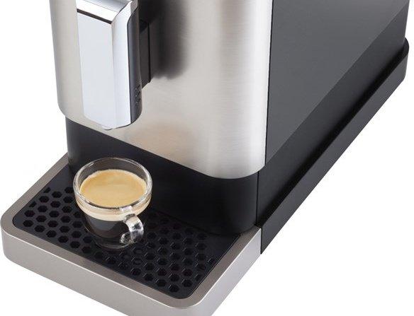 Káva pripravená kávovarom Sencor SES 7010 NP