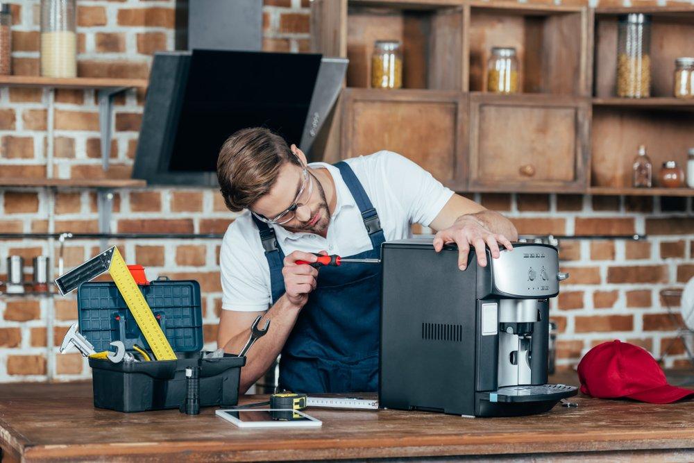 Poruchy kávovarov sa nevyhýbajú ani automatickým modelom