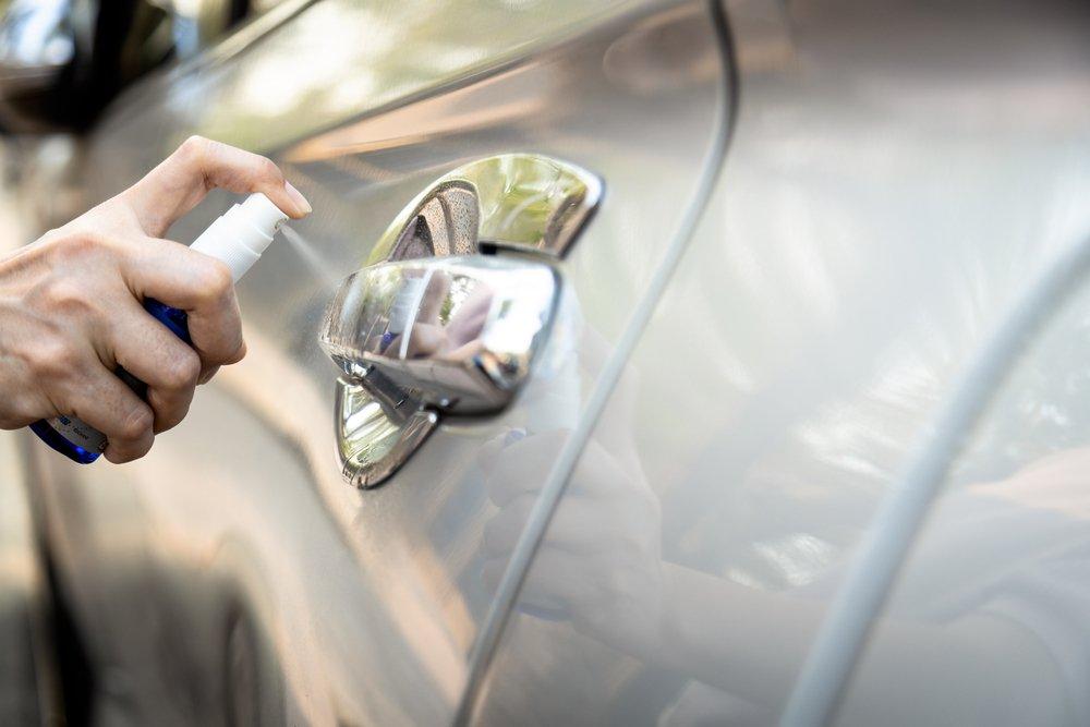 Dezinfekcia auta