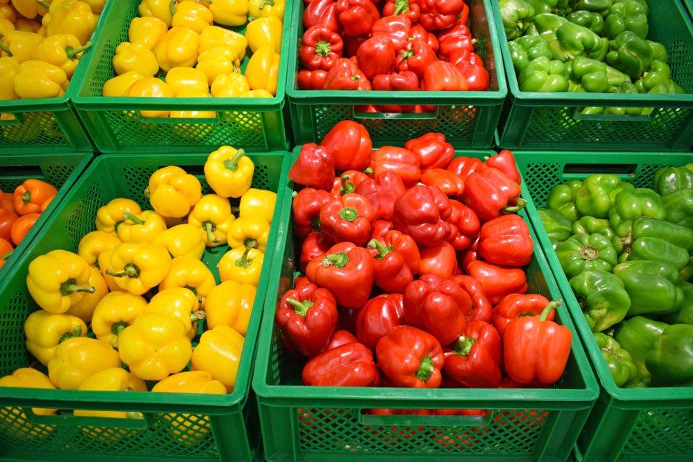 Rôzne farebné papriky