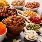 Potraviny do zásoby: sušené ovocie, orechy, semienka