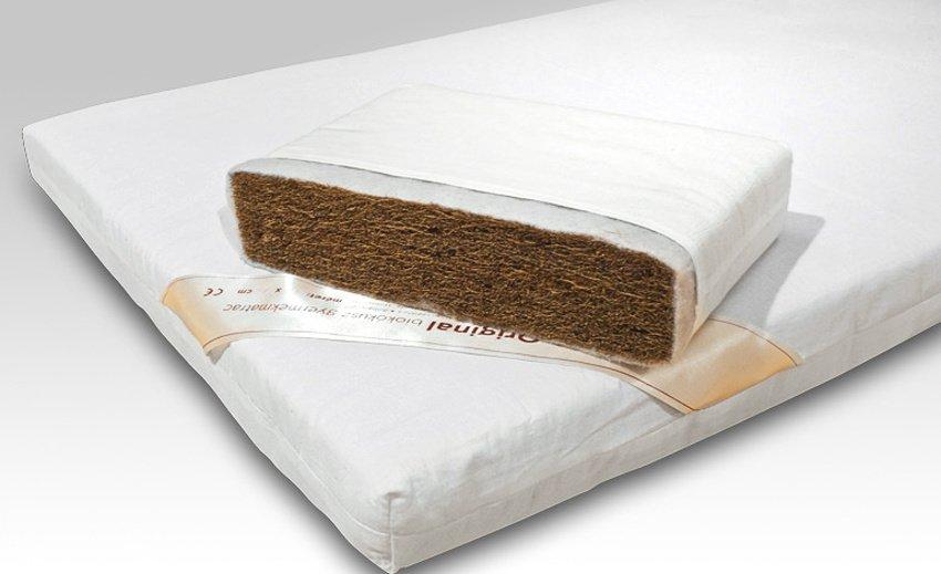 Detský bio kokosový matrac / detail prierezu (čistý kokos + poťah)