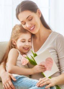 Žena so svojou dcérkou