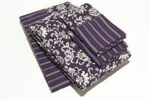Fialová posteľná bielizeň