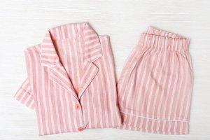 Dámske ružové pyžamo