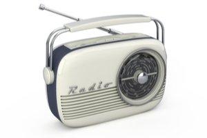Sivo biele retro rádio
