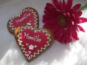 Dve medovníkové srdcia pre mammičku