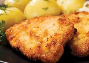 Bravčový rezeň so zemiakmi