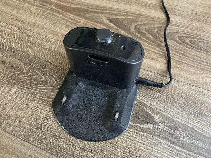Nabíjacia stanica vysávača iRobot Roomba 976