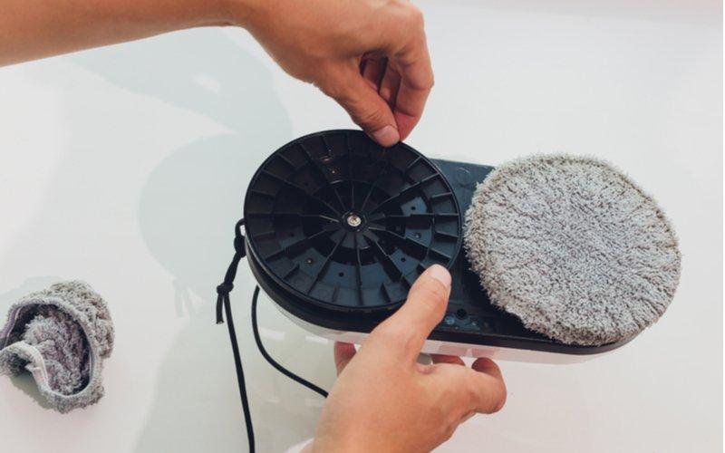 Výmena podložiek na robotickom čistič okien