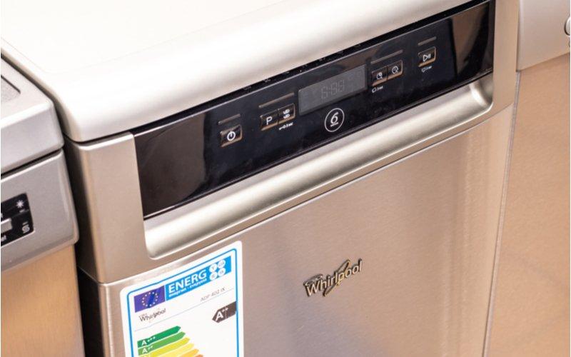 Displej na umývačke riadu