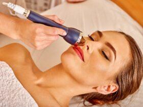 Použitie galvanickej žehličky na tvár