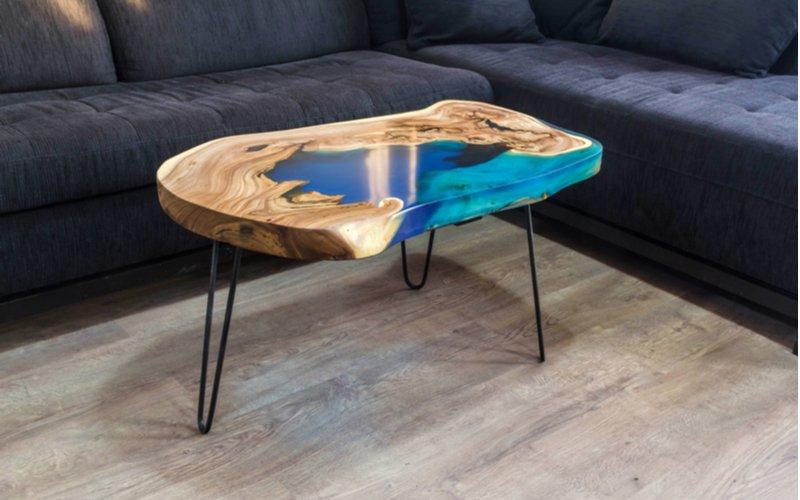 Atypicý konferenčný stolík
