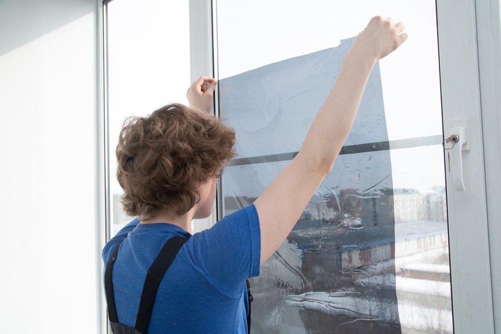 Inštalácia fólie na okno