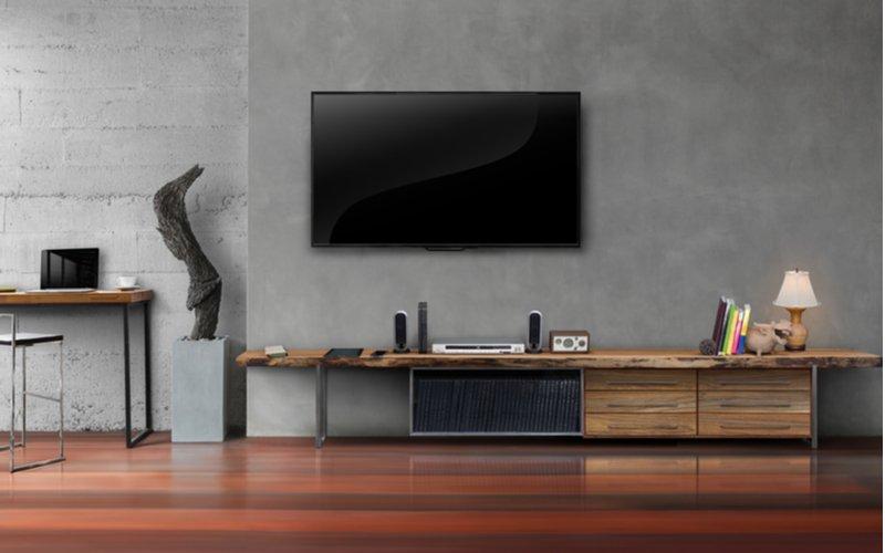 TV na stene