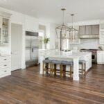 Biela kuchynská linka - lesklá, rustikálna či vysoký lesk? Aké dizajny na trhu nájdete a podľa čoho si vybrať?