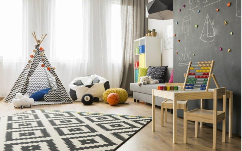 Čierno-biely detský koberec