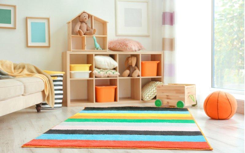 Detský koberec s výraznými farbami